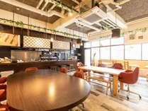 館内「SAKURA Cafe」