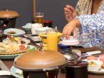 幼児2名まで無料~♪ 家族旅応援!ファミリープラン【貸切露天割引特典つき】家族で楽しくお食事風景