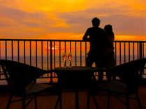 【特別室バルコニー(22平米の広さ)】3月~9月の期間は日本一と名高い「西伊豆の夕陽」がお部屋から♪