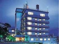 全40室・定員230名の温泉旅館。お風呂自慢の宿です。