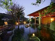 「百景の湯」大露天風呂