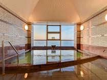 *大浴場/窓から絶景をお楽しみください。