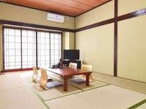 和室10畳 ファミリーやグループ向けのお部屋です。
