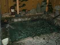 露天風呂は平日のみ貸切対応も承ります。状況によりますのでお問い合わせください