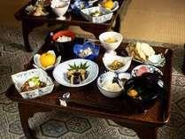 【朝夕食つき】精進料理と勤行で伝統的な宿坊体験を!お寺ステイ満喫プラン