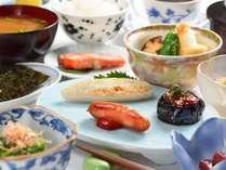 豊富な宮城の食材で元気になれる朝ごはんを目指します。季節や仕入によりお料理は変更します。