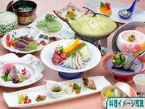 【◆グルメプラン◆】御夕食ランクアップ『●和食会席●』+御朝食『種類豊富な和洋バイキング』♪