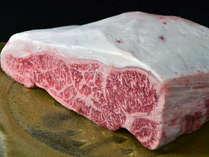 特選霜降り佐賀の黒毛和牛!A4~A5等級のお肉を使用しております