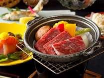 【上州牛つき会席】ご当地ブランド肉「上州牛」つきのワンランク上の会席です。当館1番人気のお料理です。