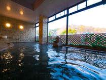 """江戸の世では湯治場としても愛され、親しまれ続ける榊原温泉。歴史ある """"美人湯"""" をご堪能ください"""