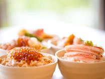 【朝食バイキング】人気のじぶんのせ、海鮮どん!