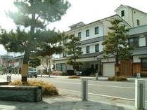 平成の赤穂城か町『お城通り』に面した正面