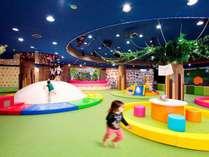 【キッズパーク】お子様も親御さんもうれしい!遊べるキッズパークをご用意しております。
