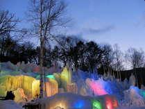 旅館を出ると「氷点下の森」がお出迎えします