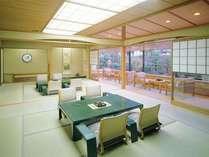 特別室2間続き女性専用客室【和室22.5畳】12,5畳和室+10畳和室。専用箱庭あり。