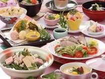 お気楽コース【春の花心会席】大山鶏わらび鍋&鰆サラダ