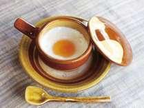【湯町窯】看板商品のエッグ・ベーカーは60年以上の大人気ロングセラー