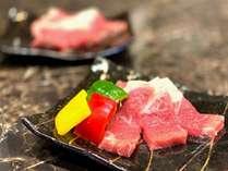【サーロインステーキ鉄板焼き】お好きな焼き加減で調整可能!肉汁が口の中に広がります★