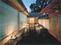 和風館『雅楽司』お部屋食&部屋風呂温泉を楽しむ 基本プラン