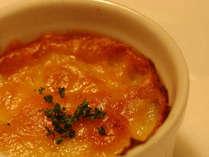 【こもれび-komorebi-】ズワイガニの大皿盛り+特製シチュードハンバーグ+カルパッチョ de ご夕食♪