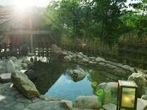 【季の湯】「葉隠れの湯」大自然の恵みを浴びながら