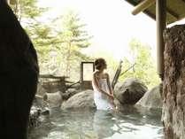 【貸切露天風呂】「岩室」当館は無料で貸切露天風呂にご入浴頂けます。