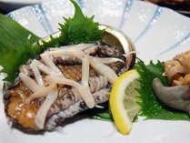 【アワビ付き】踊り焼き?活造り?選べる鮑料理♪名物・金目鯛煮付と旬の磯料理を堪能/2食付【現金特価】
