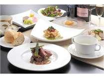 【絶景眺望・展望レストラン】腕自慢のシェフが夏の味覚を豊富に取り入れた料理と共に・・1泊2食付プラン