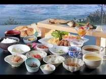 品数豊富な朝食バイキング