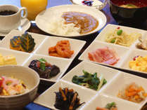 【朝食付き】京都らしいおばんざいも♪約65種のバイキング朝食付