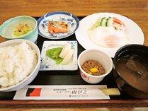 *【ご朝食一例】評判の「能登米」使った和定食をご用意いたします