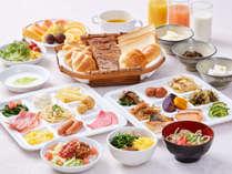 [ 朝食 ] とにかく種類に拘った料理長おすすめのご朝食、沖縄料理の中身汁は是非ご賞味下さい