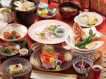 夕食は全部で12品以上 金目鯛の煮付けや、マグロなどを盛り込んだお造り