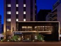 【外観】すすきの駅徒歩8分に佇むデザイナーズホテル