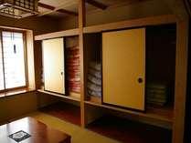 本館2F 和室押入