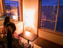 【きらら館・露天風呂付客室】広々とした客室で贅沢なひとときをお過ごしくださいませ。