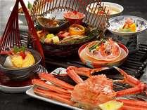 2017 蟹会席(約2杯相当)。蟹を盛り込んだ旬菜から始まり蟹釜飯まで、蟹を2杯相当の蟹会席となります