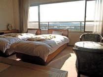 *和の寛ぎと洋の利便性を兼ね備えた和洋客室(一例)