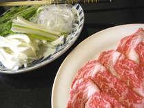*やわらかく甘味のある米沢牛をすき焼きに。