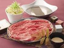 村沢牛のしゃぶしゃぶ。A5ランクの牛肉を特製のゴマダレで。