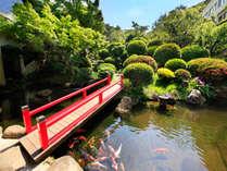 ■四千坪の庭園■四季折々の花木が楽しめる約四千坪の庭園