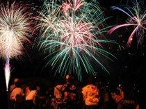 ■花火大会■松風苑でご用意する観覧席からは、花火がとても綺麗にご覧頂けます。