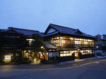 【外観】神々の国への玄関宿 出雲大社正門前 竹野屋旅館