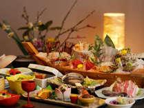 【夕食】旬を集めた、ふじやホテル名物海鮮会席料理※コロナ対策の為個人盛りになります(季節の一例)