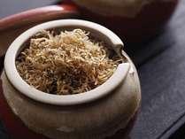 【京料理嵐亭・和朝食】じっくり実山椒とともに焚いた自家製ちりめんじゃこ。ごはんがすすみます!!