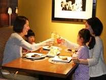【ファミリープラン】お子様に人気のスイーツコーナーで朝からお腹いっぱいに! ~朝食付き~