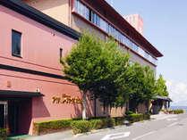 アヤハレークサイドホテル
