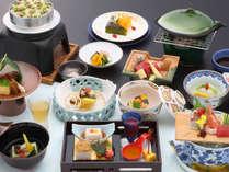 <夕食一例>和食の基本を大切に、一品一品丁寧に調理しております。