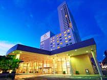 ロワジールホテル豊橋外観(夜景)