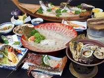 「海の宴」コース!鯛舟盛に鮑、サザエ、イカ、一人に一匹伊勢海老、車えび!ひらめの薄造り(8名盛)♪